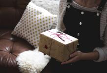 offrir un bijou en cadeau